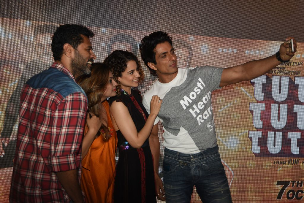 prabhudeva-deepshikha-deshmukh-sonu-sood-and-kangana-ranaut-taking-a-selfie-at-the-song-launch-of-tutak-tutak-tutiya