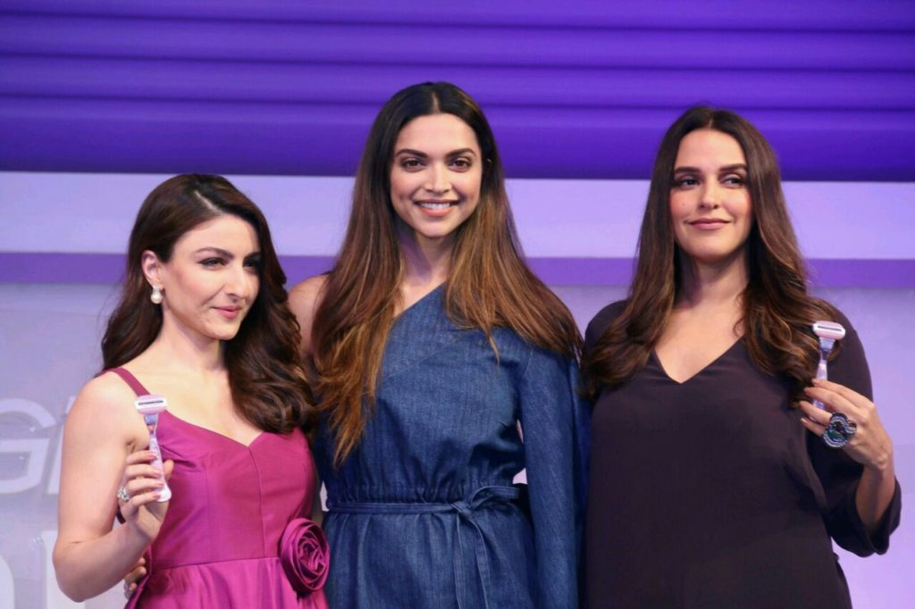 Deepika Padukone At Launch Of Gillette Venus Breeze (1)