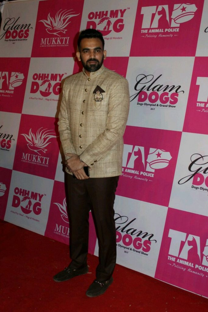 Glamdogs Event, Organised By Smita Thackeray And Mukti Foundation (19)