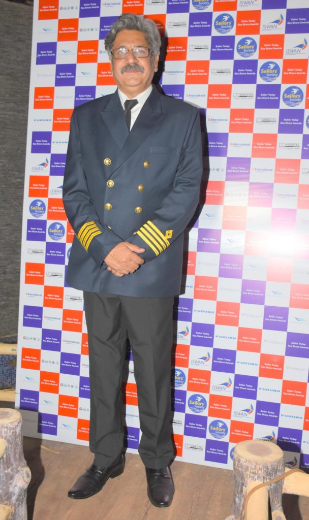 1. Captain Sunil Nangia at SAILOR TODAY SEA SHORE AWARDS 2017 DSC_2290