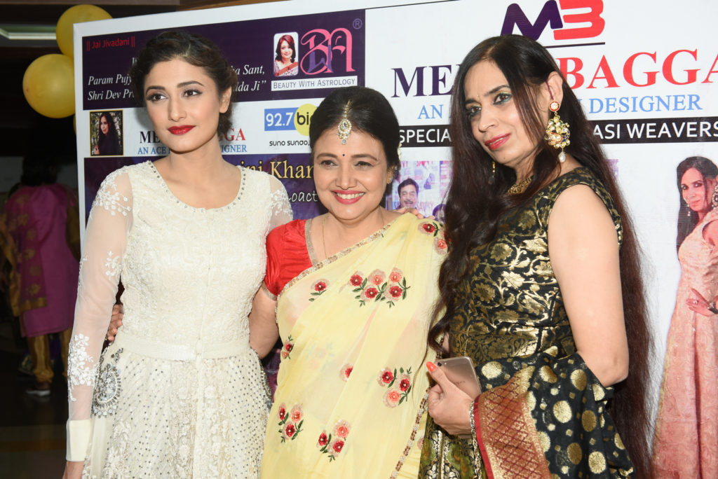 4. Ragini Khanna with Kamini Khanna and Meety Bagga KPP_2235
