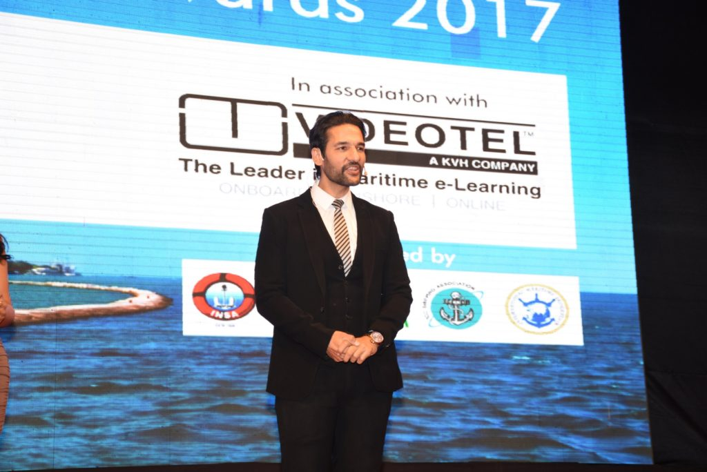 7. Umesh Pherwani hosting the SAILOR TODAY SEA SHORE AWARDS 2017 DSC_1822